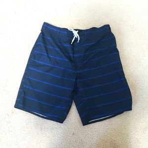 2/$20 Men's Joe fresh board shorts L